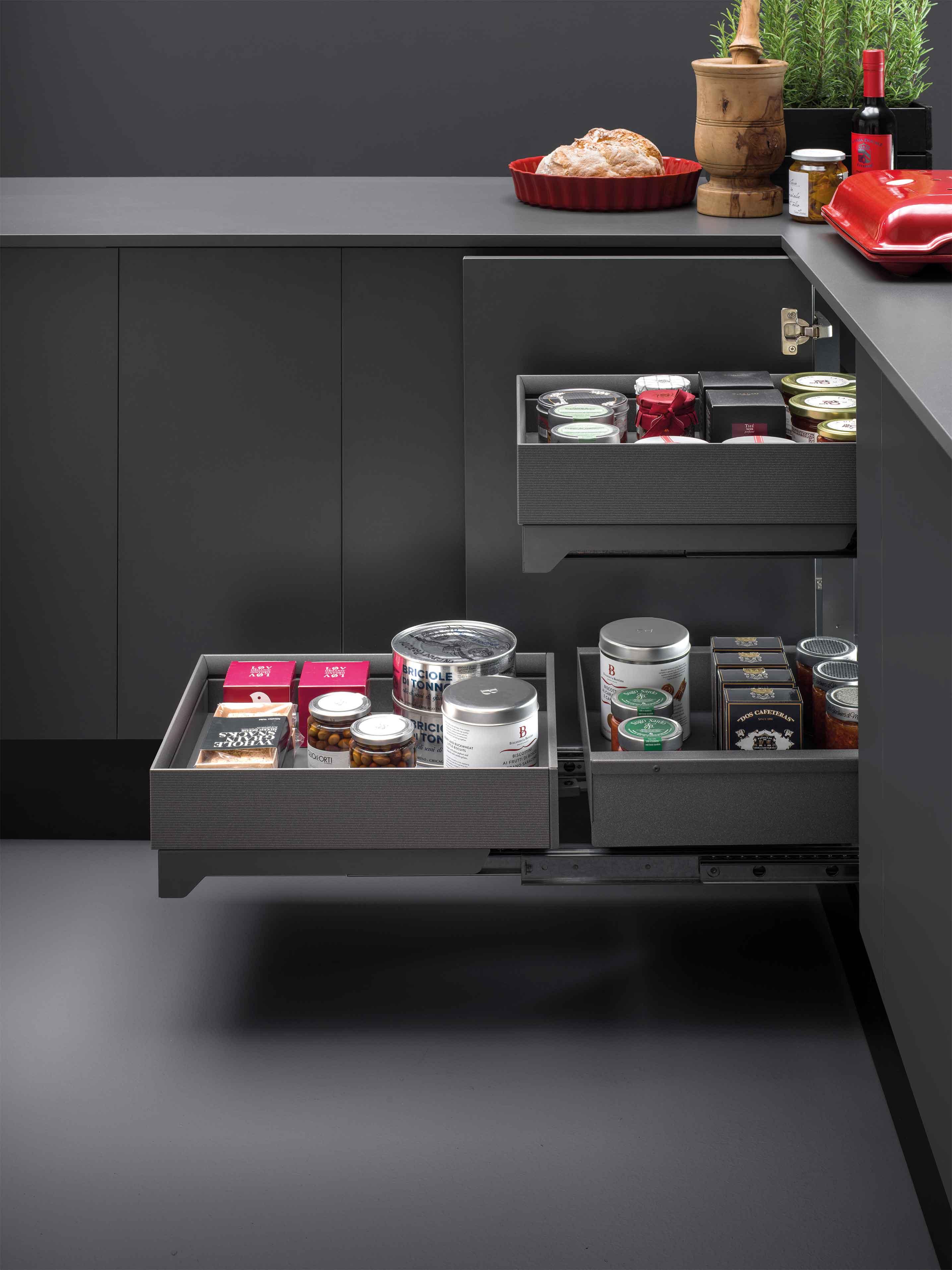 Organizzare Interno Mobili Cucina arredo interno dei mobili in cucina. vibo accessori in filo